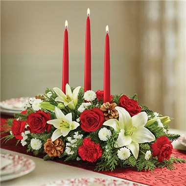 Traditional_Christmas_Centerpiece_3